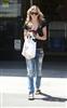 最新欧美明星5月末街拍8.jpg