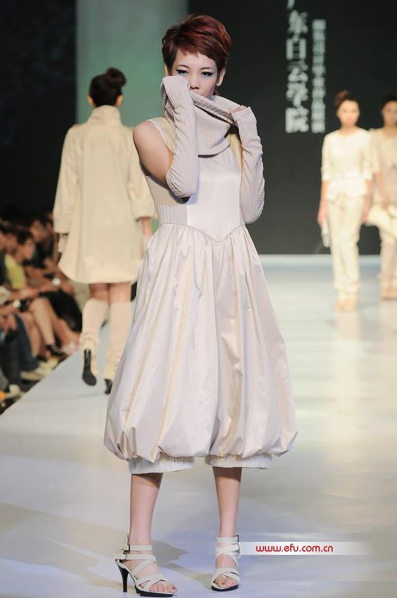 2011广东白云学院服装设计毕业作品展演
