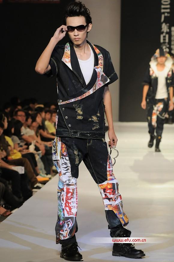2011广东白云学院服装设计毕业作品展演41.jpg