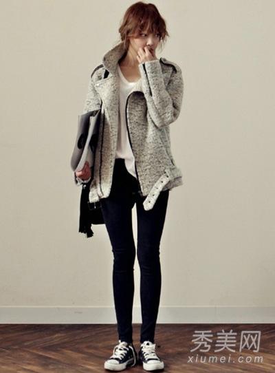 灰色外套搭配图片 穿出成熟大气感2.jpg