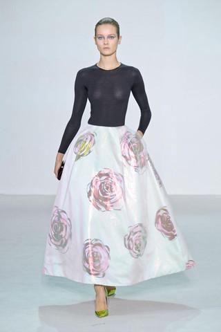"Christian Dior 2013春夏秀 重回""NEW LOOK""时代"