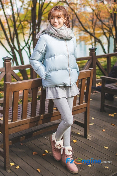暖冬巧搭羽绒服 简约风格显淑女气质