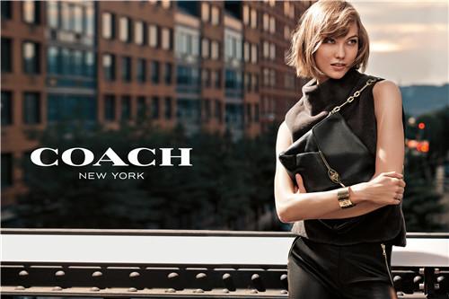 年轻人又开始买Coach了 从关店到双位增长它做了什么?