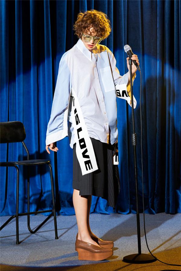 复古舞台的演绎 Stella McCartney 2018早春系列时尚型录