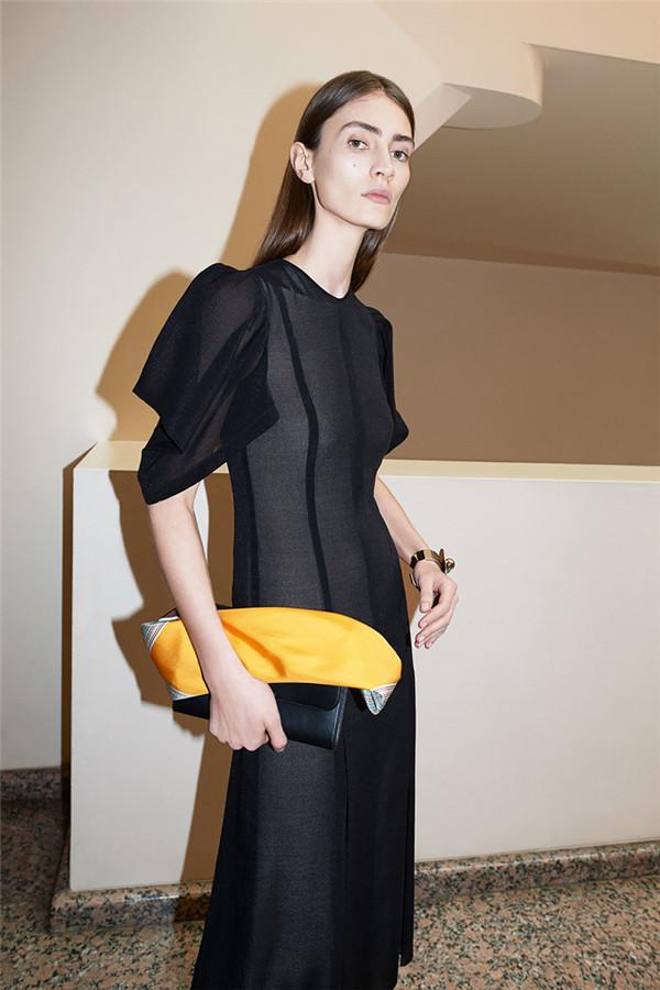 Victoria Beckham 2018早春系列时尚型录