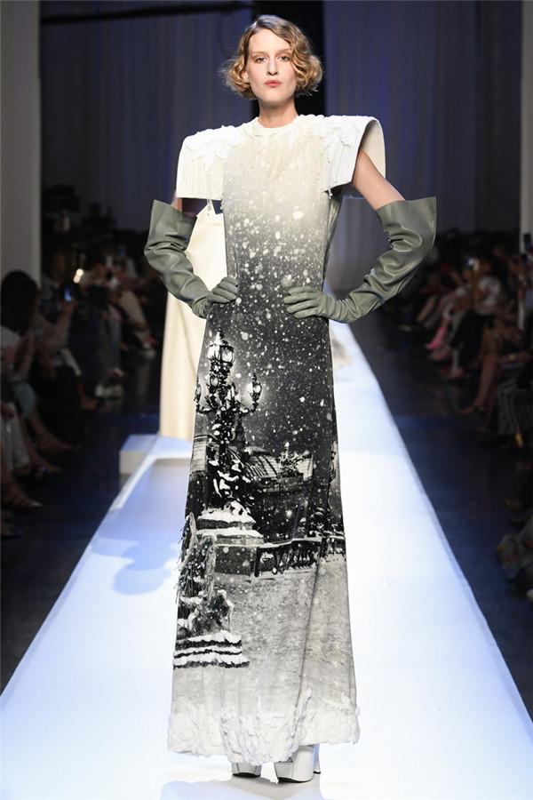 异域神秘滑雪女郎 Jean Paul Gaultier 2017秋冬高定时装秀