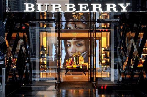 Burberry博柏利四季度再次转弱 明星效应不起作用?