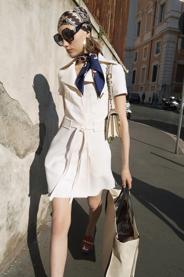 意大利街头的时尚文化 Valentino 2019早春度假系列