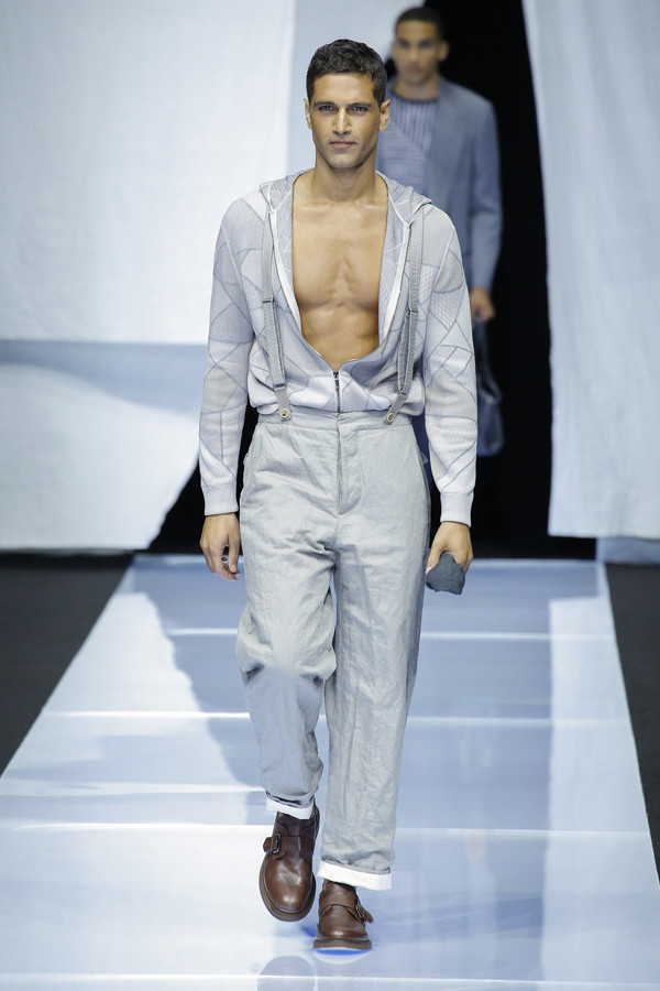 传统优雅绅士的新花样 Giorgio Armani(乔治·阿玛尼)2019春夏男装系列时装秀