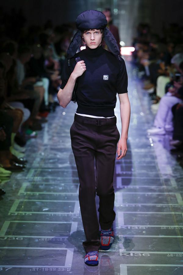 最in雷锋帽撞上当代优雅 Prada 2019春夏系列男装秀