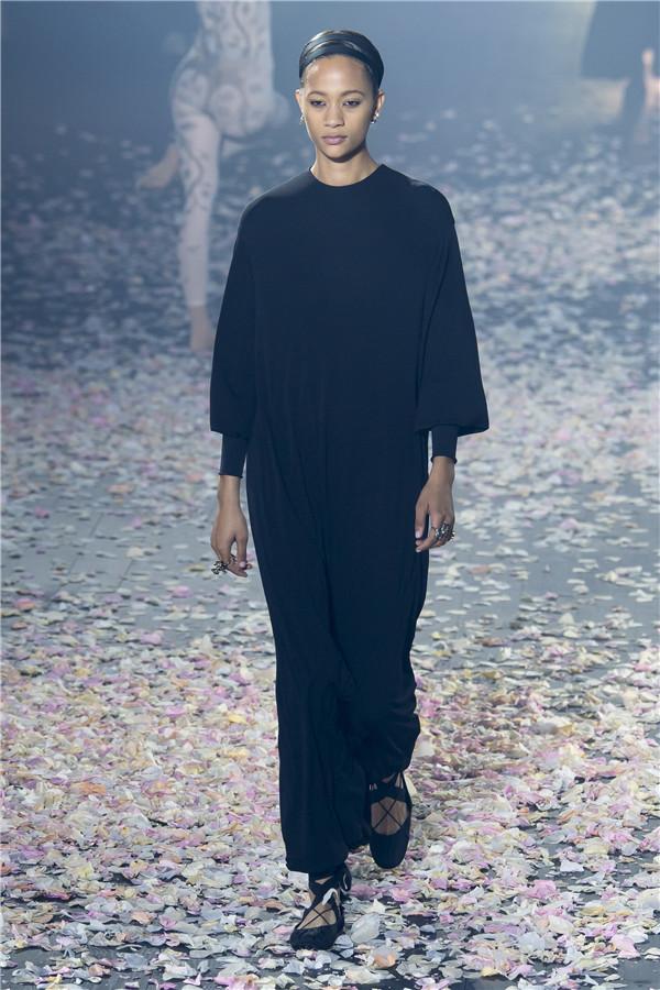 艺术与美的碰撞:Christian Dior 2019春夏高级成衣系列