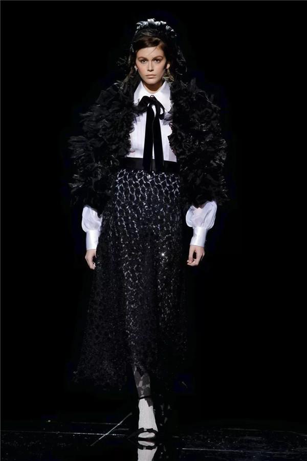 迷人的廓形,Marc Jacobs2019秋冬女装秀