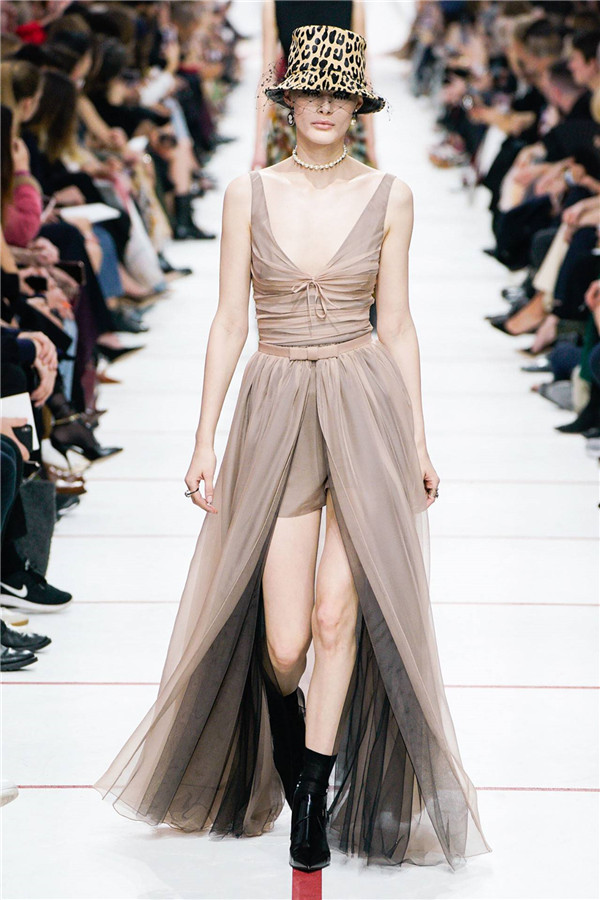 New Look时代,Dior 2019秋冬巴黎时装大秀