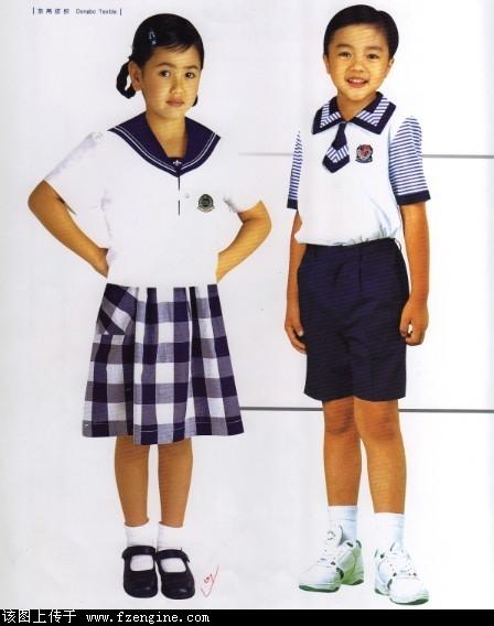 校服设计男女手绘