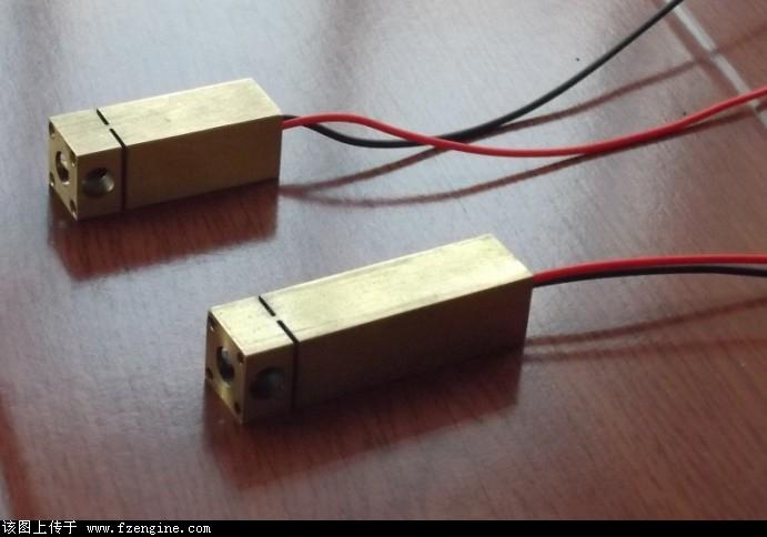 圆点镭射激光,一字线激光镭射,mini舞台激光器 ,声控频闪灯, 迷你镭射