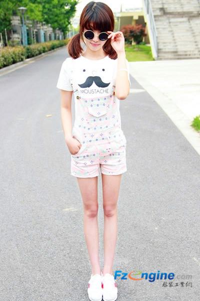 夏季时尚服装混搭 甜美迷人惹人爱