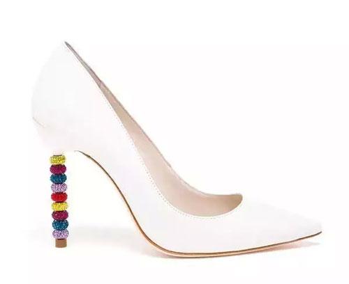 都市衣柜:女人都应该有双性感的高跟鞋1.jpg