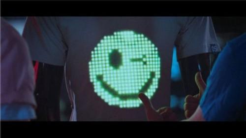 LED服装将大规模面世:能否成为新一波浪潮4.jpg