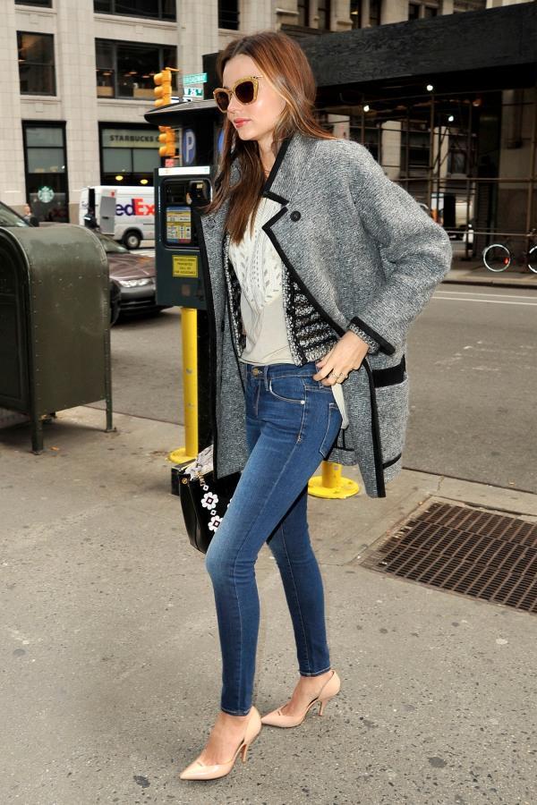今天穿什么:牛仔裤配高跟鞋 打造唐嫣一样的筷子腿3.jpg