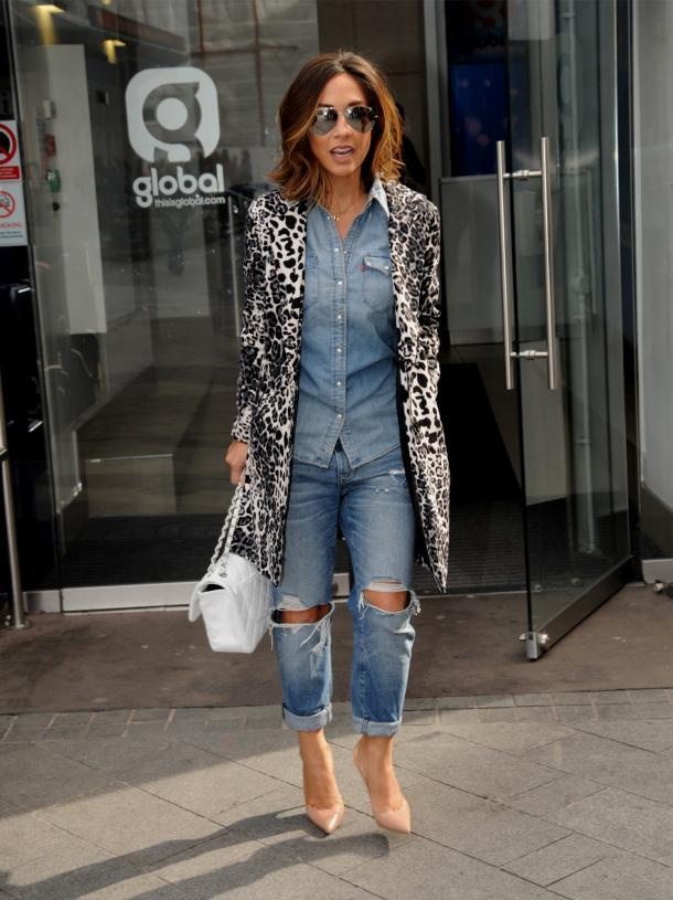 今天穿什么:牛仔裤配高跟鞋 打造唐嫣一样的筷子腿10.jpg