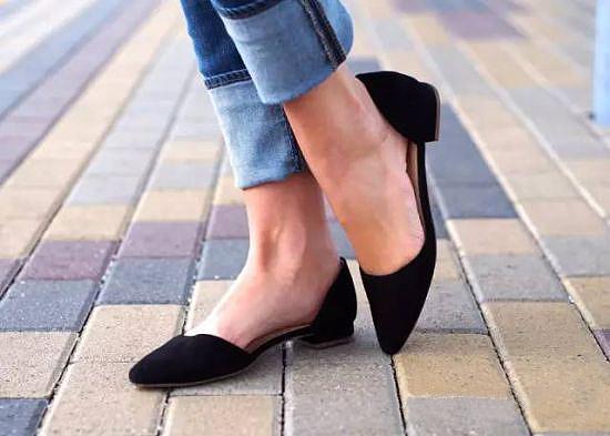 这些平底鞋可以穿出不输高跟的性感1.png