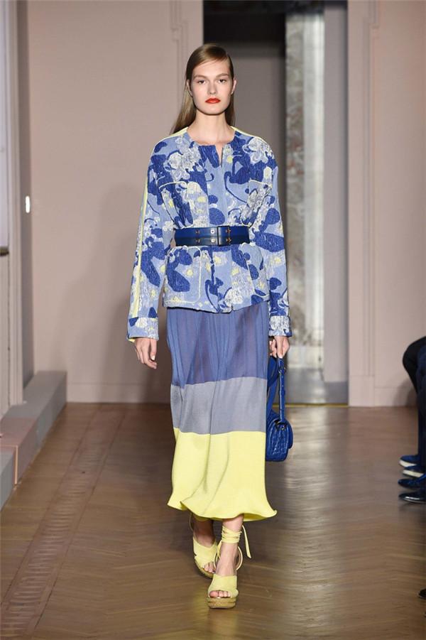 Agnona(艾诺逸)2017春于米兰时装周系列7.jpg