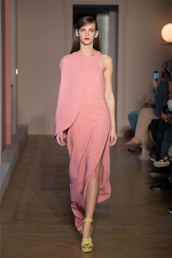 Agnona(艾诺逸)2017春于米兰时装周系列22.jpg