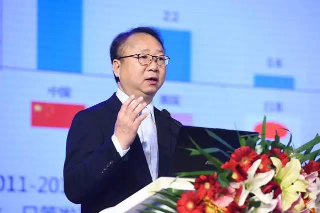 孙瑞哲:构建中国纺织服装行业的新未来0.jpg