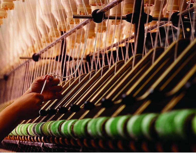 纺织印染行业发展现状、前景及发展策略浅析0.jpg