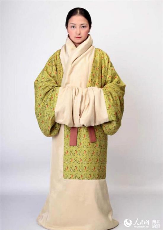 武汉博物馆举办传统服饰展 复原汉唐遗风8.jpg