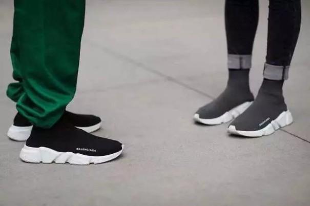 球鞋从运动场混进了Gucci和Celine的聚会,这个生意有多吸金?4.jpg