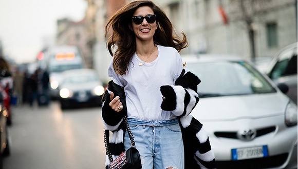 Gucci到Chanel等品牌都推的白T 它的故事却相当精彩0.jpg