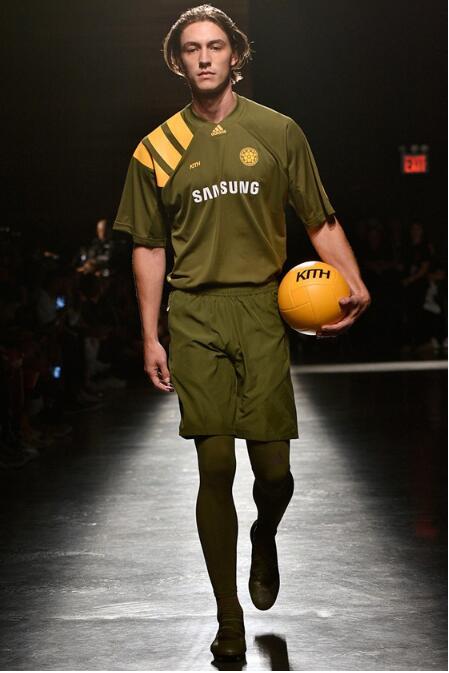 2018春夏纽约时装周 打头阵品牌发力最猛的是Kith 3.jpg