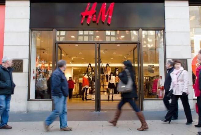 """流年不利 H&M""""猴帽衫""""陷入种族歧视漩涡 0.jpg"""