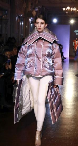 中国本土品牌艾莱依登陆巴黎时装周 这将会是趋势?0.jpg