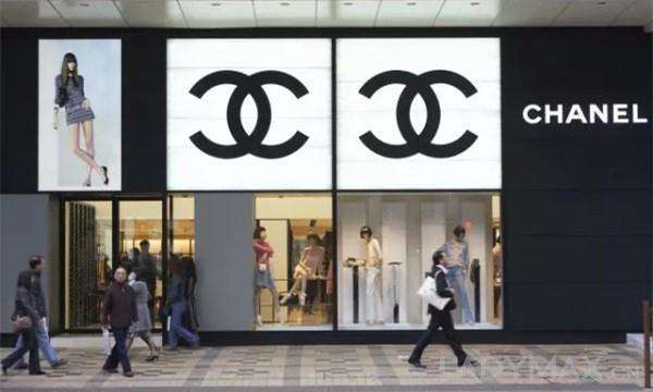 香港零售业复苏回暖 海港城去年利润破80亿 0.jpg