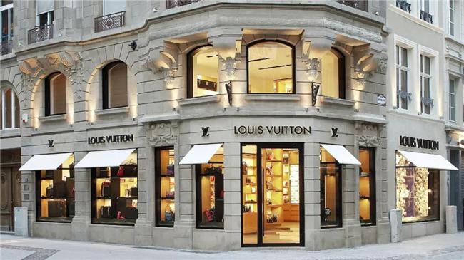 Louis Vuitton更换设计师,奢侈品的新革命暗示3.jpg