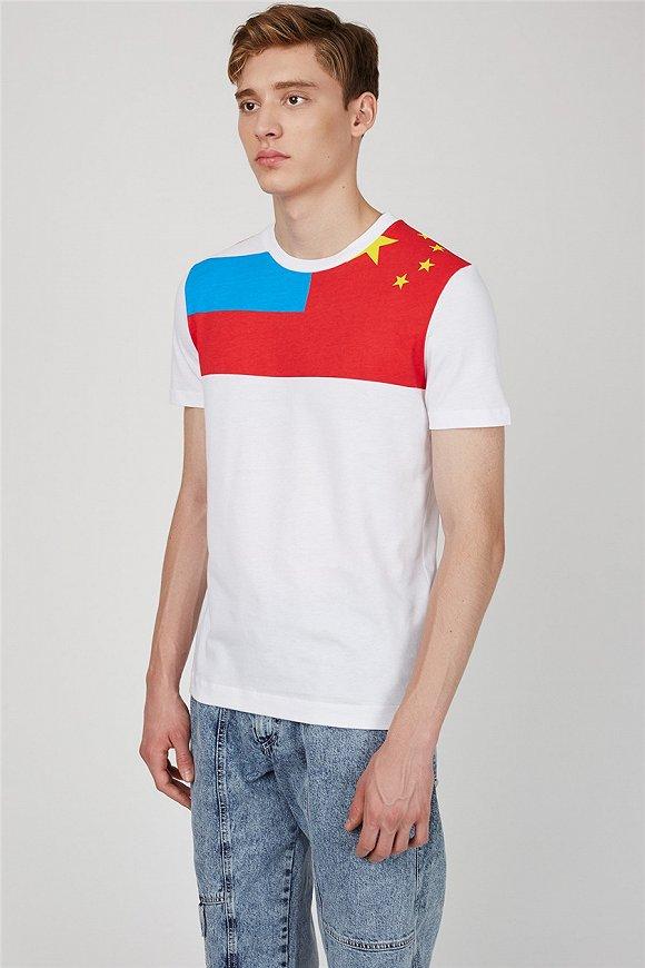 """虽然俄罗斯世界杯还未开始,但时尚界的""""前苏联风""""已经刮起来了4.jpg"""