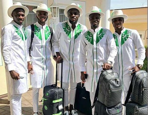 尼日利亚出征世界杯服装又帅炸!浓浓民族风 有品!0.jpg