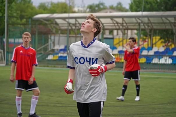 比起足球,俄罗斯的时装更加精彩!0.jpg