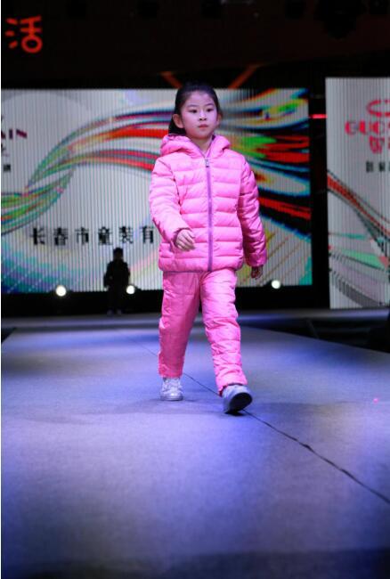 吉林省2018服装品牌秋冬新产品发布会省内首发3.jpg