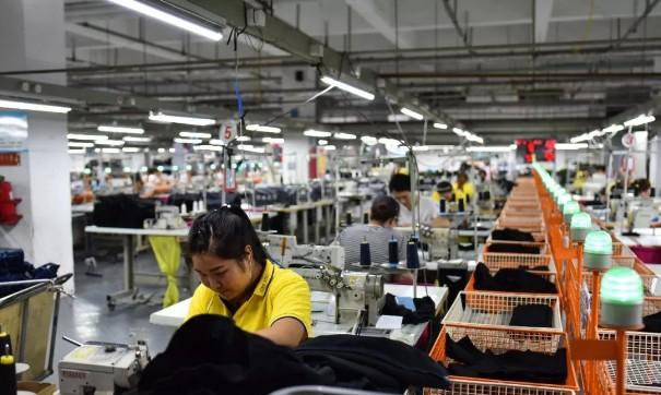 女裤求变女装,郑州服装企业5年蛰伏后如何竞演0.jpg