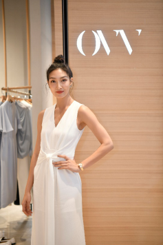 HLA海澜之家品牌矩阵强势入驻泰国,半个娱乐圈都来了!11.png