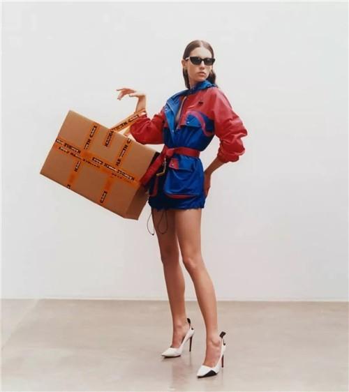Heron Preston潮牌上海首家门店:完美衬托品牌的设计美学5.jpg