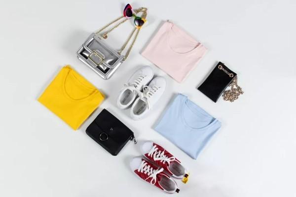 青春特供 WHITE COLLAR白领女装2019春季新款T恤4.jpg